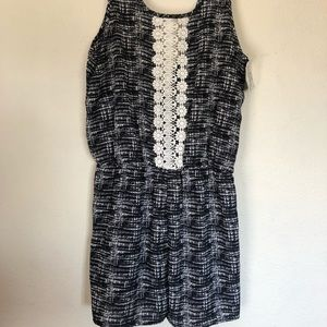 Intro black and white romper